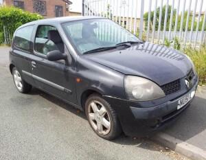 Renault Clio Authentique breaking parts