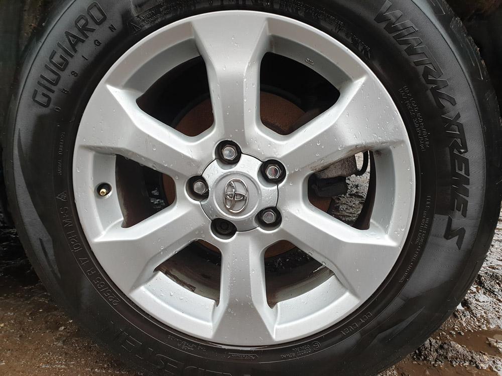 Toyota RAV4 Breaking Parts Spares MK3 2009-2012 Engine XT-R Gearbox