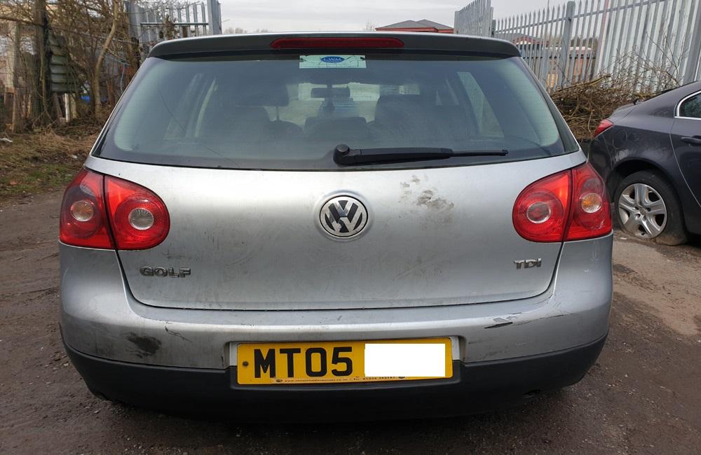VW Golf MK5 SE breaking spares parts 1.9 TDI Silver 5 door