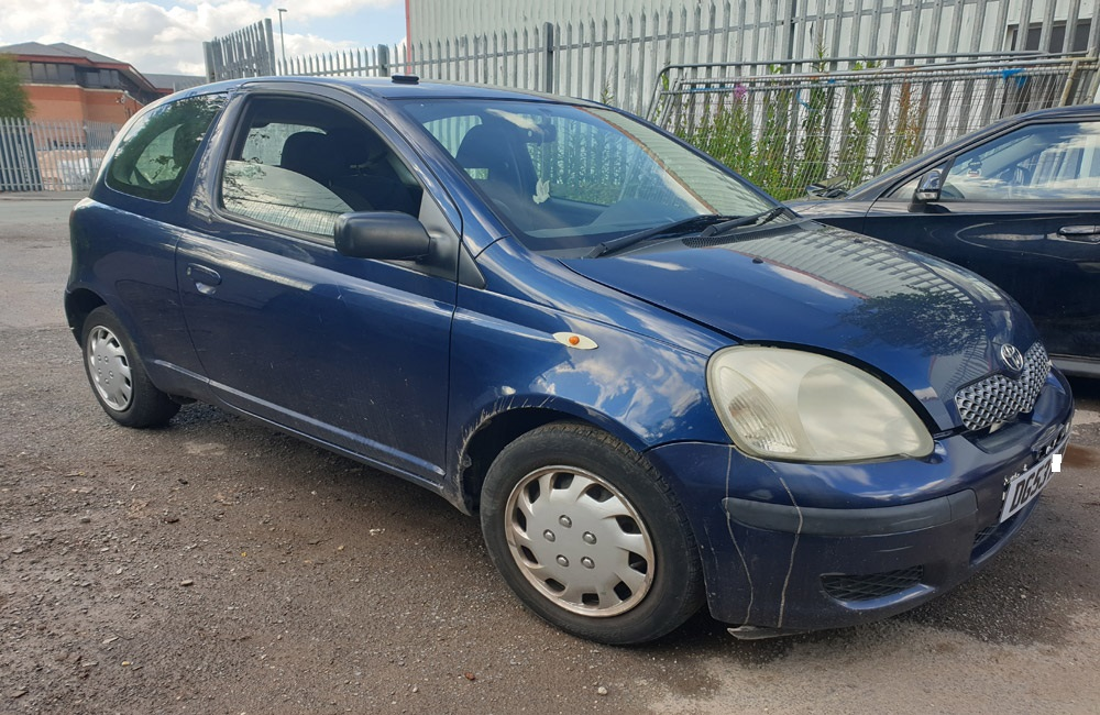Toyota Yaris T3 Breaking Spares Parts 1999-2006 8P4 Blue Engine Gearbox